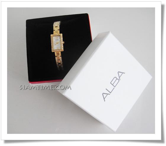 นาฬิกาข้อมือผู้หญิง เรือนสีทอง ยี่ห้อ อัลบา รุ่น AC3T74X