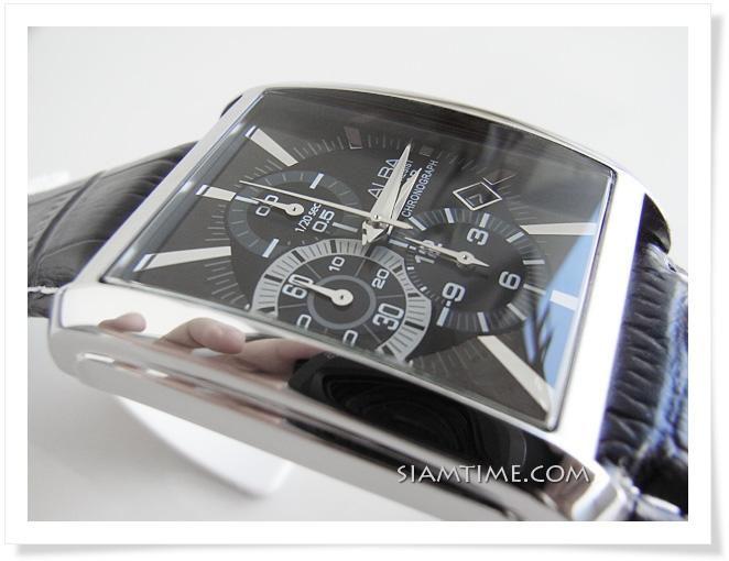 นาฬิกาข้อมือผู้ชาย สายหนังสีดำ หน้าปัดสี่เหลี่ยม ยี่ห้อ อัลบา รุ่น AF8H01X