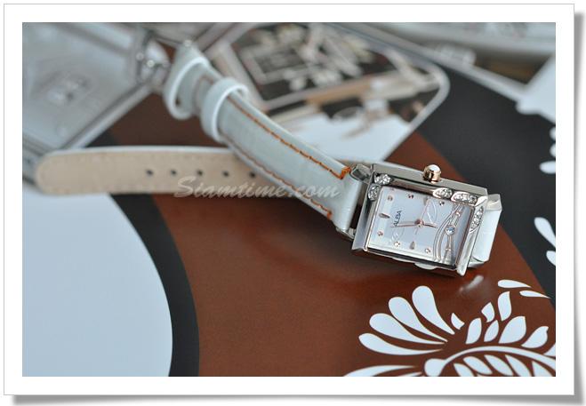 นาฬิกาผู้หญิง ยี่ห้อ alba AXT663X